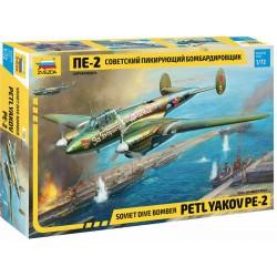 Zvezda Petlyakov Pe-2 (1:72)