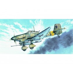 Academy Junkers Ju-87G Stuka Tank Buster (1:72)