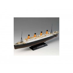 Academy Titanic (1:700)