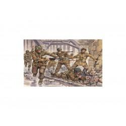 Italeri figurky - WWII - BRITISH PARATROOPERS (1:72)