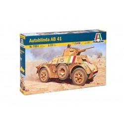 Italeri Autoblinda AB41 (1:72)