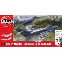 Airfix Mig 17F Fresco, Douglas A-4B Skyhawk Dogfight...