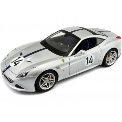 Bburago 70th Anniversary Collection Ferrari California T...