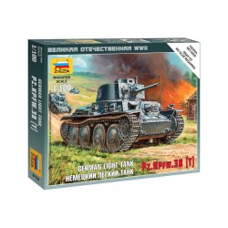 Zvezda Easy Kit German Light Tank PZ.KPFW.38 (T) (1:100)